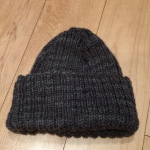 Accessories - Handmade wool toque